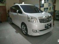 2013 Toyota NAV1 V AT dijual