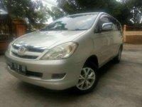 Toyota Kijang Innova V AT Tahun 2005 Dijual