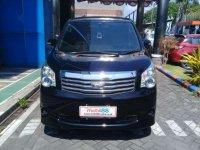 Toyota NAV1 G AT Tahun 2013 Dijual