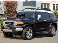 Toyota FJ Cruiser V6 4.0 Automatic 2013 SUV dijual