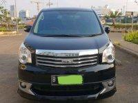 2014 Toyota NAV1 2.0 V AT dijual