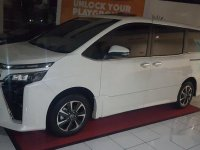 Toyota Voxy 2.0 2018 dijual