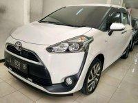 Toyota Sienta V MT 2017