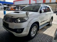 Jual Toyota Fortuner VNT TRD 2013 Putih