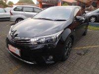 Toyota Camry V 1.8 AT 2014 Dijual