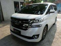 Toyota Vellfire ZG 2015 putih