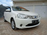 Toyota Etios Valco E 2015 putih