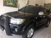 Toyota Fortuner G Luxury 2009 hitam