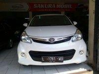 Toyota Avanza Veloz 1.5 AT 2013 putih