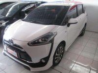 Toyota Sienta Q 2017 harga murah