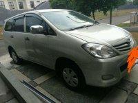 Jual Toyota Innova E Bensin 2009
