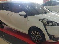 Toyota Sienta V dijual cepat
