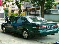Toyota Camry 2000 bebas kecelakaan