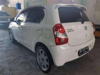 Butuh uang jual cepat Toyota Etios Valco 2013