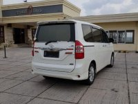 Jual Toyota NAV1 2016 Automatic