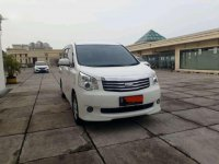 Jual Toyota NAV1 G harga baik