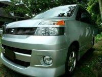 Toyota Voxy 2003 dijual cepat