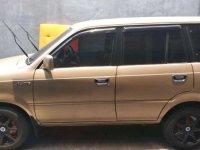 Toyota Kluger 2002 dijual cepat