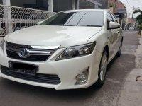 Butuh uang jual cepat Toyota Camry Hybrid 2013