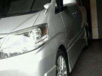 Butuh uang jual cepat Toyota Alphard 2006