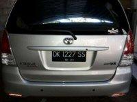 Butuh uang jual cepat Toyota IST 2009
