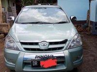 Jual Toyota Kijang Innova 2005 Manual