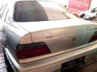 Toyota Altis 2001 dijual cepat