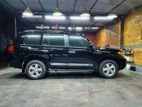 Butuh uang jual cepat Toyota Land Cruiser 2013