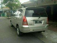 Jual Toyota Kijang Innova 2004 harga baik