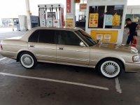 Toyota Crown L6 3.0 Automatic dijual cepat