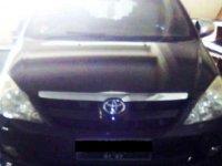 Butuh uang jual cepat Toyota Innova 2005