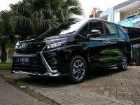 Toyota Voxy 2017 dijual cepat