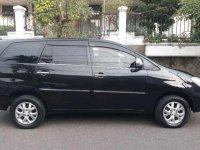 Butuh uang jual cepat Toyota Innova 2007