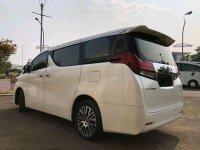 Butuh uang jual cepat Toyota Alphard 2016