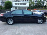 Butuh uang jual cepat Toyota Camry 2011