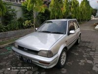 Butuh uang jual cepat Toyota Starlet 1988