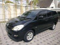 Butuh uang jual cepat Toyota Kijang Innova 2006
