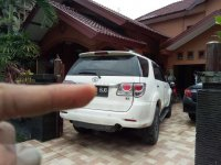 Butuh uang jual cepat Toyota Fortuner 2012