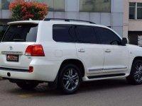Toyota Land Cruiser 2010 dijual cepat