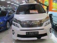 Butuh uang jual cepat Toyota Vellfire 2013