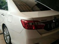 Butuh uang jual cepat Toyota Camry 2013