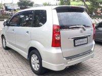 Butuh uang jual cepat Toyota Avanza 2009
