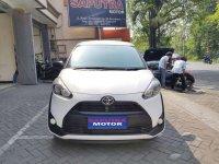 Toyota Sienta E bebas kecelakaan