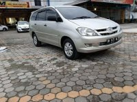 Jual Toyota Kijang Innova 2004, KM Rendah