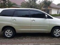 Toyota Kijang Innova V dijual cepat