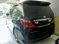 Butuh uang jual cepat Toyota Alphard 2011