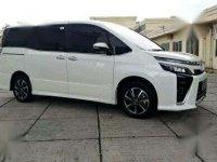 Toyota Voxy  bebas kecelakaan