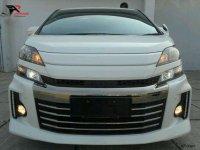 Toyota Vellfire 2013 dijual cepat