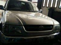 Toyota Hilux 2004 bebas kecelakaan