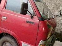Butuh uang jual cepat Toyota Dyna 2001